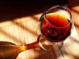 איך לטעום יין כמו מקצוענים