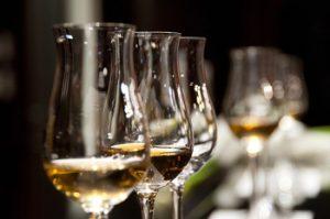 הריחות והניחוחות של היין